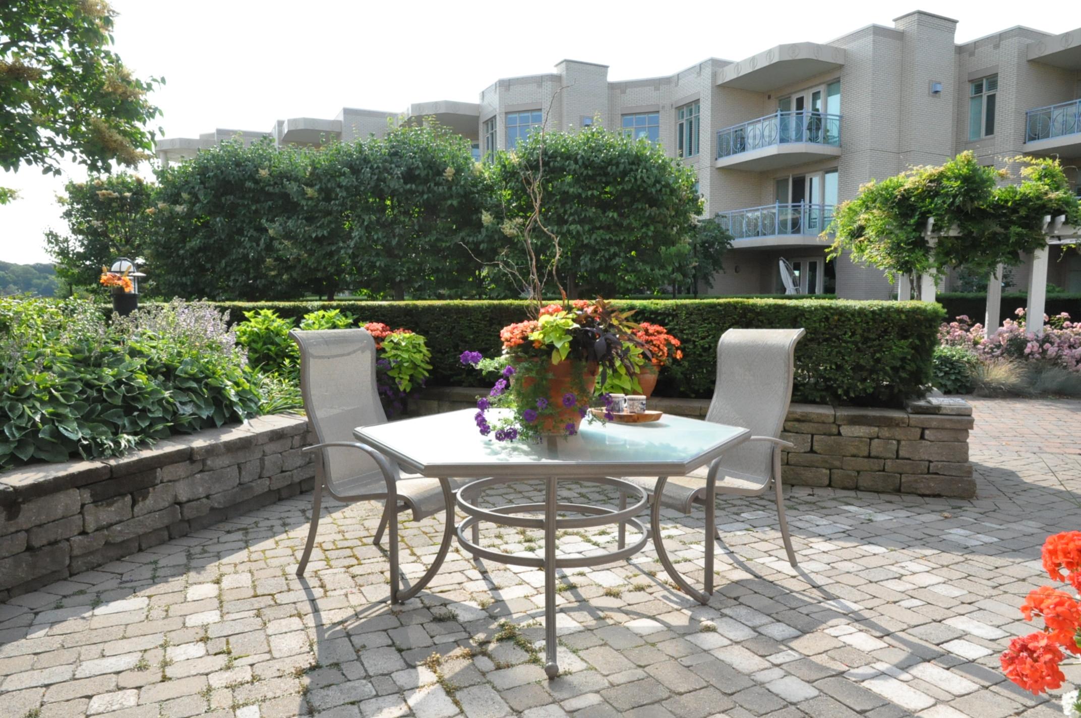 King's Point Condo Garden Suite